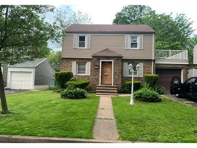 4 Bed 2.1 Bath Foreclosure Property in Teaneck, NJ 07666 - Jasper Ave