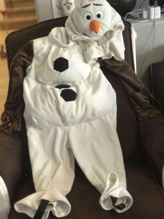 Disney store sz 4 Olaf costume. So adorable on. High quality costume. Xposted fast pick up.