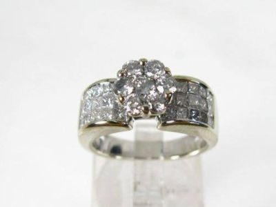 Estate 14k White Gold 2.00ctw Diamond Invisible Set Ladies Ring