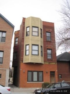 Lovely Wicker Park 2bed / 2full bath, 2 parking, outdoor space, w/d