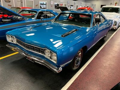 1968 GMC Yukon Denali (Blue)