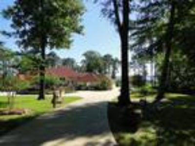 Superb Gated Estate on Toledo Bend- REDU