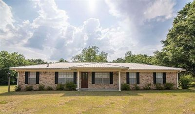 Adorable Ranch-style Home on Highway 181 in Fairhope