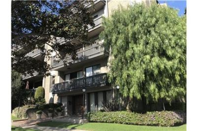 Large and Bright 2 BR / 2 Bath Century City Apt