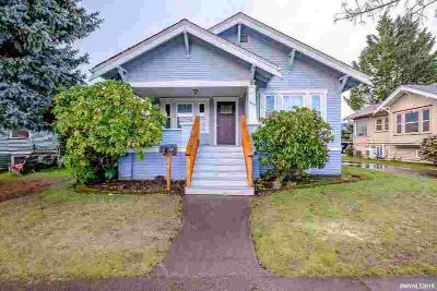 920 9th Av SW Albany Three BR, Accepted Offer with Contingencies.