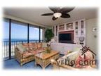 Beachfront Three BR/Two BA Luxurious Condo New Listing Special Prices - Condo