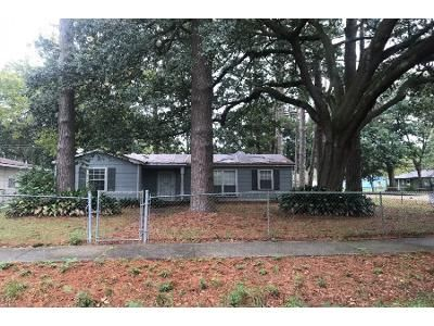 3 Bed 1.5 Bath Foreclosure Property in Baton Rouge, LA 70812 - Satinwood Dr