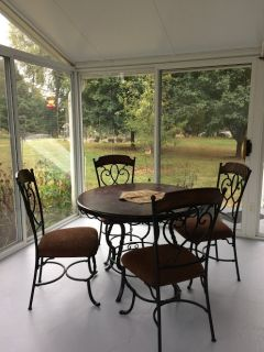 Patio dining set with 4 chair