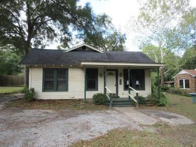 3 Bed 1 Bath Foreclosure Property in Nacogdoches, TX 75964 - S Fredonia St
