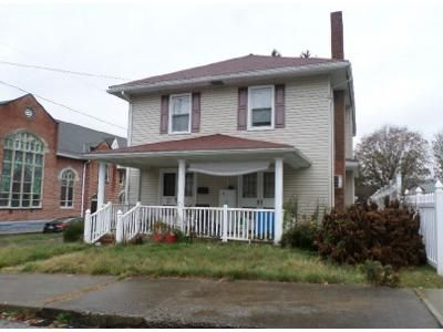 4 Bed 2.5 Bath Foreclosure Property in Williamstown, PA 17098 - East St