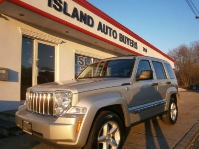 2009 Jeep Liberty Limited (Silver)