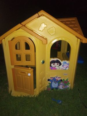 Little Tikes Dora the Explorer Playhouse rare and hard-to-find