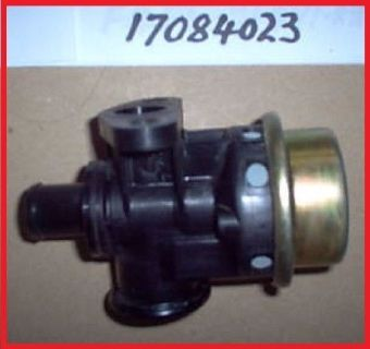Purchase NEW NOS GM GENUINE OEM AIR MANAGEMENT BYPASS DIVERTER VALVE 17084023 7040150 motorcycle in Henderson, Nevada, United States, for US $54.90