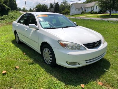 2004 Toyota Camry LE (WHI)