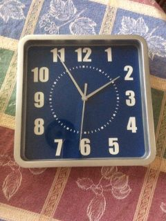 Clock Large numbers Blue face Gray Frame