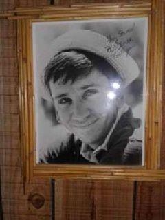 Bob Denver, Gilligan autograph picture