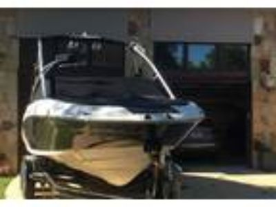 2009 Yamaha 212-X Power Boat in Dallas, TX