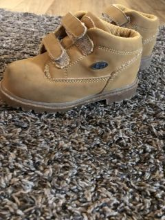 Toddler Lugz boots size 8