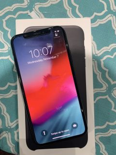 IPHONE X IN EXCELLENT CONDITION