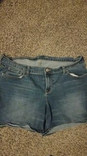 Womens old navy size 14 shorts