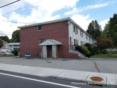 Don't miss this large updated 1 bedroom apartment in North Providence!