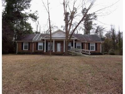 3 Bed 1.5 Bath Foreclosure Property in Effingham, SC 29541 - Armfield Rd