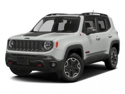 2017 Jeep Renegade Deserthawk 4WD (Alpine White)