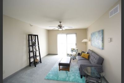 One bedroom one bath apartment for spring semester