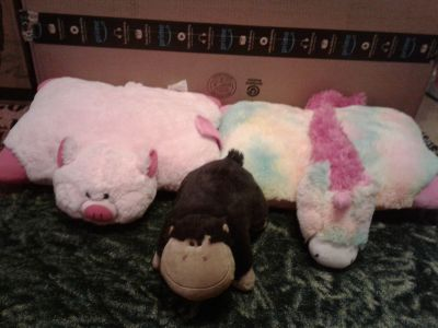 Three Pillow Pets Rainbow Unicorn Pink Pig Peewee Brown Monkey