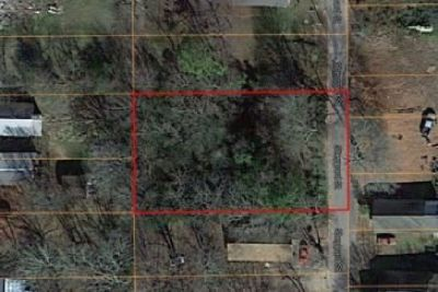 0.36 Acres of Land for Sale in HOT SPRINGS!