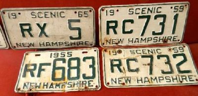 "$7 OBO ""Scenic"" New Hampshire collectible white with Green license plates"