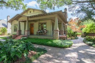 Elegant 3500 Square Foot Home with Screened Porches in Downtown Fairhope!