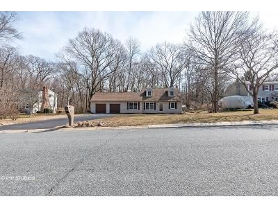 4 Bed 2 Bath Foreclosure Property in Elkton, MD 21921 - Ballantrae Dr