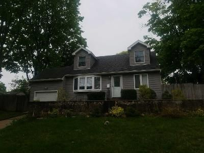 4 Bed 1 Bath Preforeclosure Property in Commack, NY 11725 - Sun Haven Ln