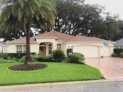 17200 SE 91st Lee Avenue THE VILLAGES Three BR, awesome location