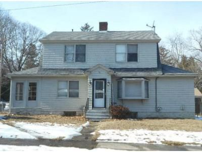 3 Bed 1 Bath Foreclosure Property in Willimantic, CT 06226 - Selden St
