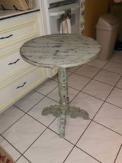 Vintage extra shabby chic accent table color hint of Mint H30 across top 22""