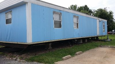 FREE 14 x 50 mobile home must be removed