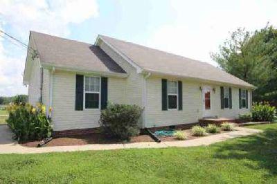 945 E Jefferson Pike Murfreesboro Three BR, great home!