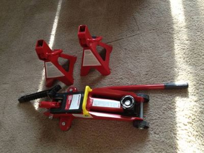 2 ton car jack with 2 jack stands