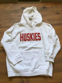 Girls comfort colors Huskie hoodie (size small)