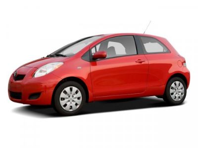 2009 Toyota Yaris Base (Red)
