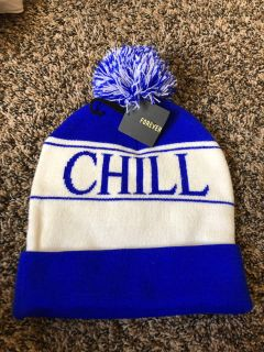 NWT!! FOREVER21 CHILL BEANIE