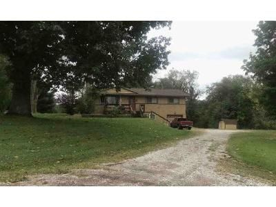 3 Bed 2 Bath Foreclosure Property in Valley City, OH 44280 - Abbeyville Rd