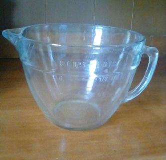 PAMPERED CHEF 8 CUP MEASURING BOWL X