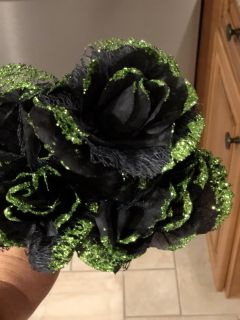 Bouquet of black roses trimmed with green glitter for Halloween