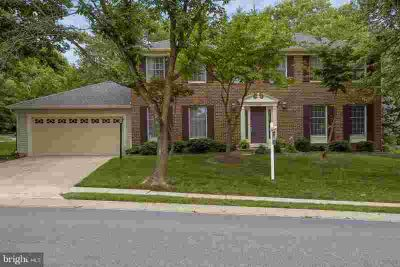 4608 Old Dragon Path ELLICOTT CITY Five BR, Stunning brick front