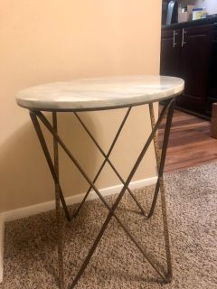 Gabby side table - pickup in Greystone