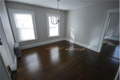 Fully renovated apartment with 2 parking spaces!!