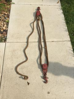 Vintage rope block and tackle